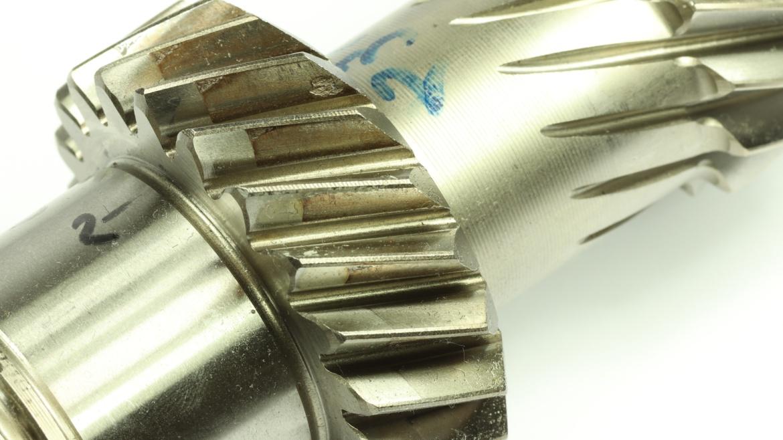 Grübchen an einer Zahnflanke